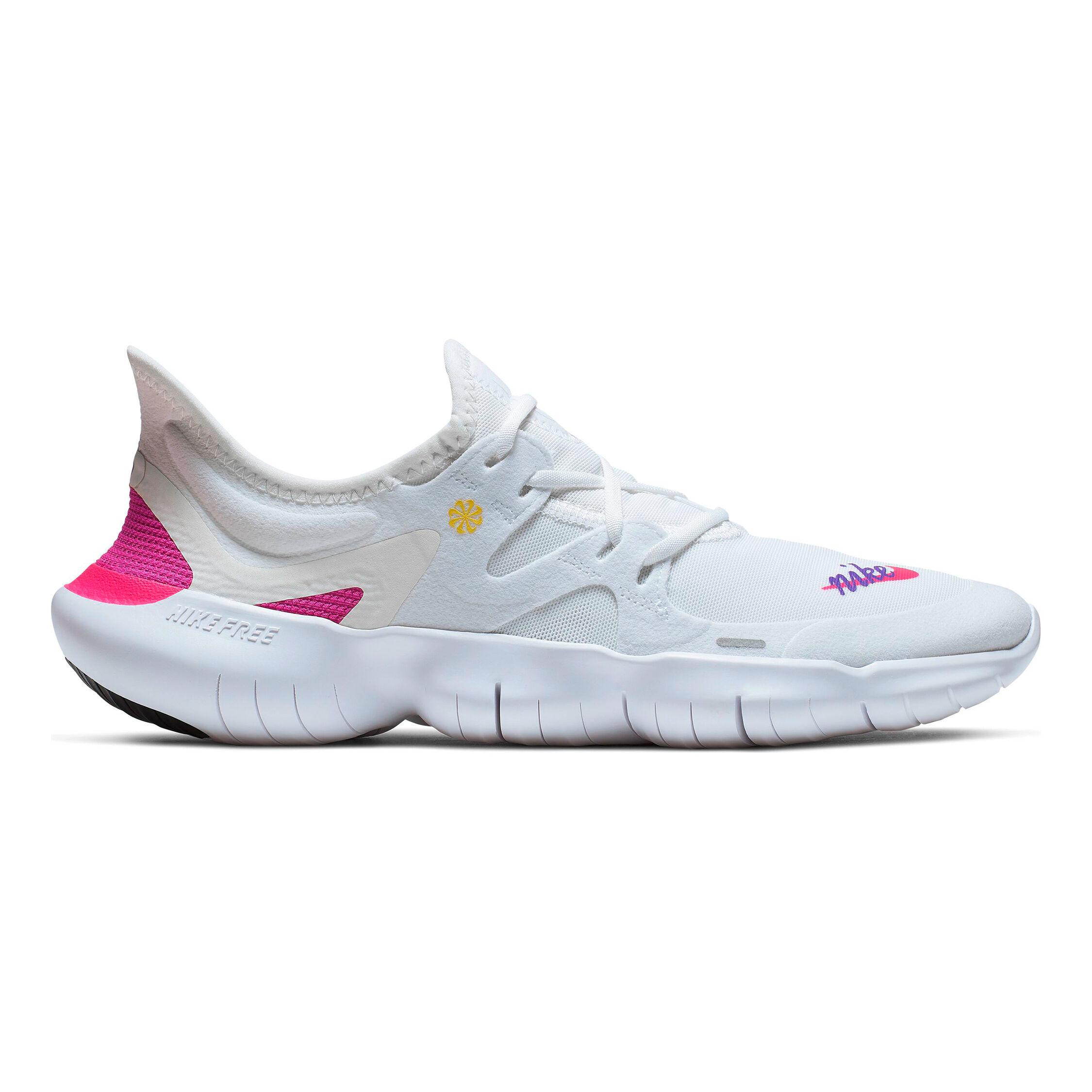 nike free run sneakers womens